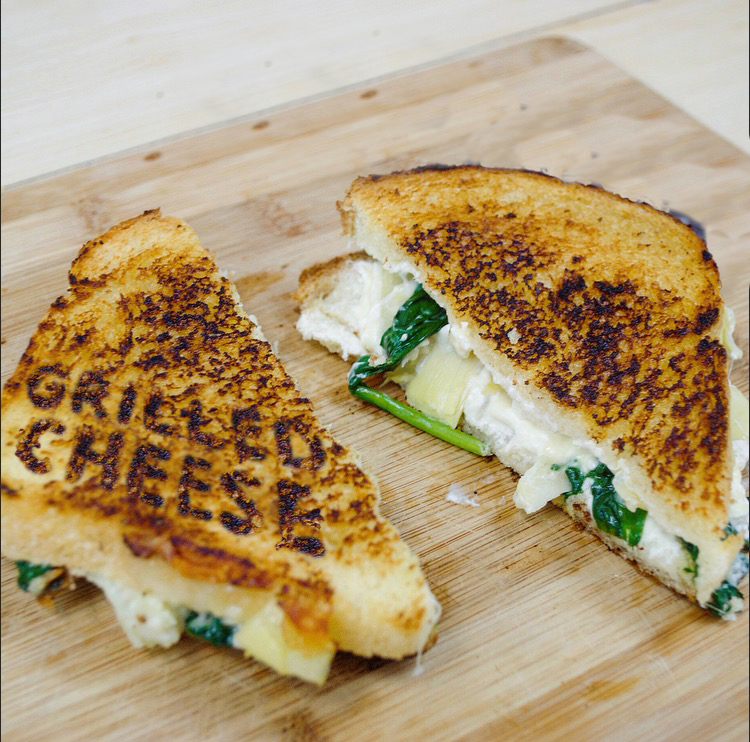 Salad_grilledcheese.png