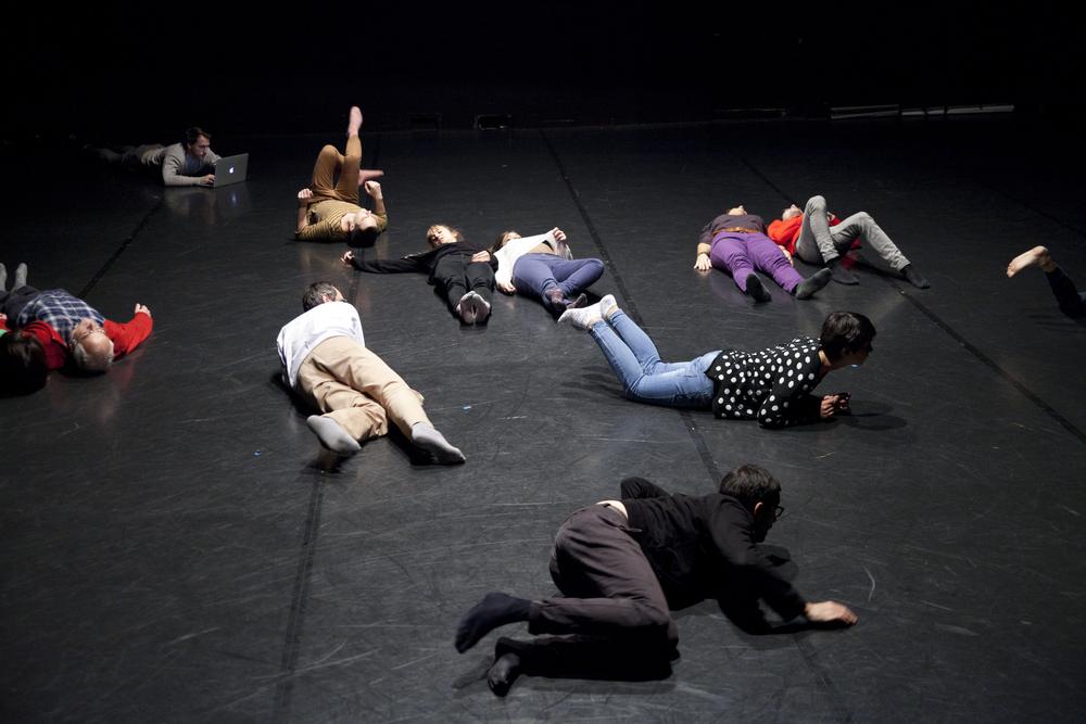 Anne Sylvie Henchoz, Temps immergé, Espace Flottant, performance view, Urbaines, Lausanne, 2013. Copyright Nelly Rodriguez.
