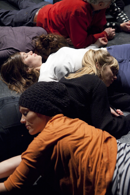 Anne Sylvie Henchoz, Temps immergé, Espace Flottant, perf  ormance   view, Urbaines, Lausanne, 2013. Copyright Nelly Rodriguez.