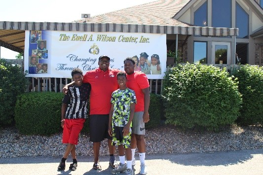 Golf Outing Pic #3.jpg