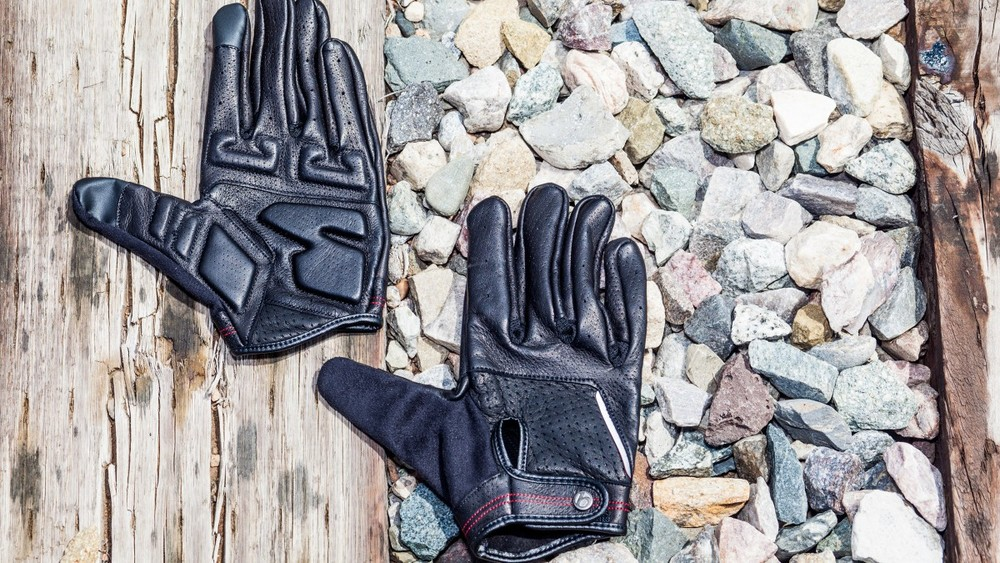"Bontrager Classique Full Finger Glove    ""The Best Cool-Weather Bike Gear"" -2015"