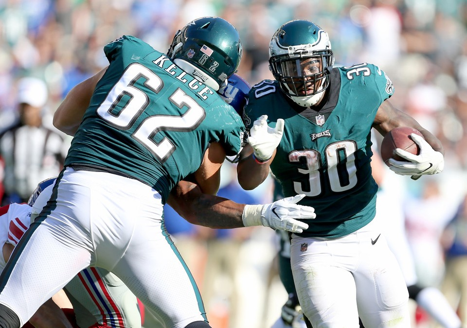 Surprise! Eagles' LeGarrette Blount, Corey Clement run Giants' season into the ground