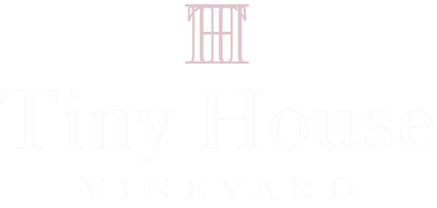 Tiny House Logo.png