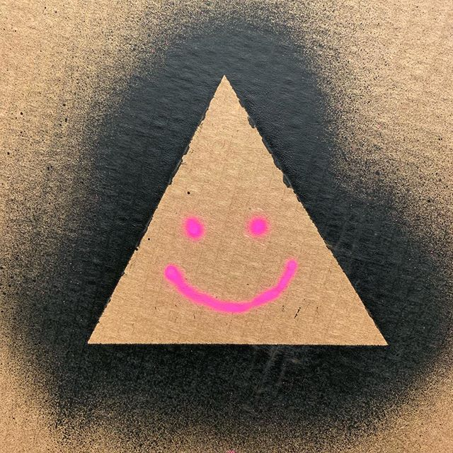 Hello little happy triangle #art #triangle #thebeastbrothers #happy