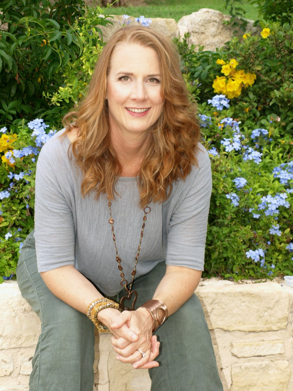 Hello! I am Laura Wall - I am an intuitive coach who addresses the whole person: mind, body, heart and soul. Through my holistic coaching, workshop presentations and artwork, my intention is to inspire and empower others to reclaim their health and wholeness, and find what sets their hearts free!