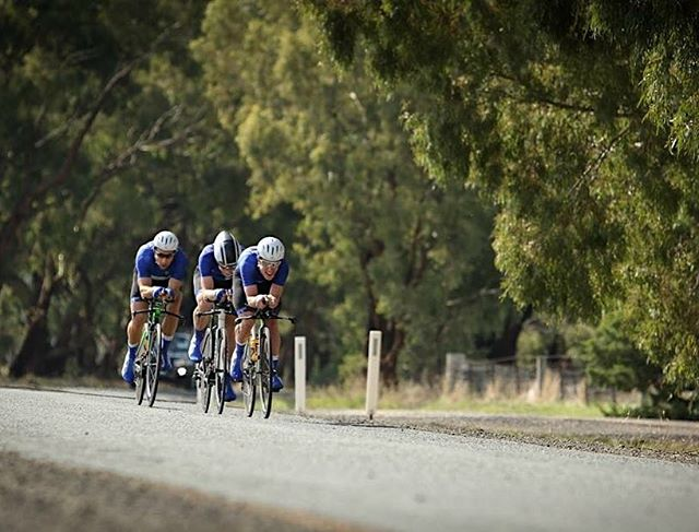 MUcyc powerhouse team smashing it to 4th in the Elite mens' @cyclingvictoria Team's TTT Champs 📷 @dionjelbart