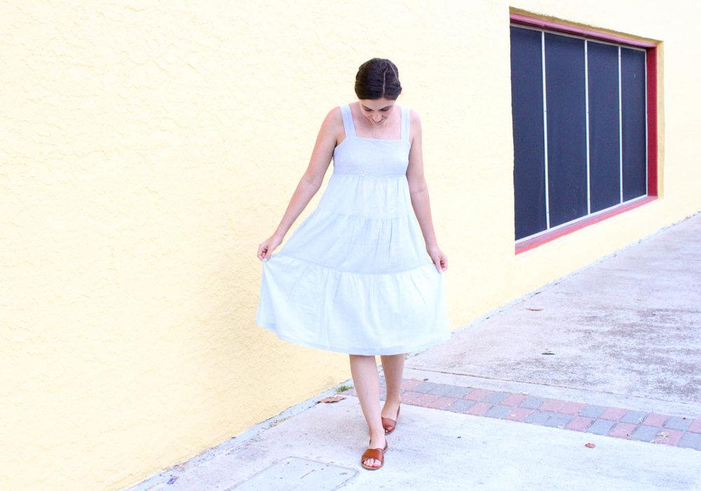 afe6e8e8351 High Summer Essentials    The Perfect Summer Dress