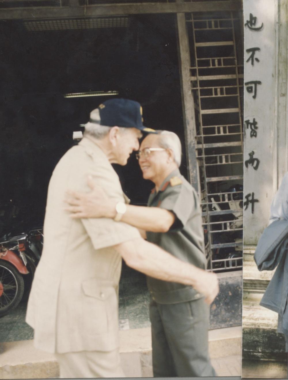 Meeting with Admiral Zumwalt - 08.jpeg