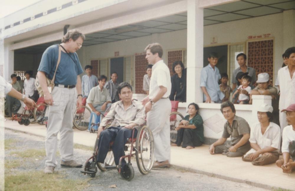 VNAH 1995 Amputees - 81.jpeg