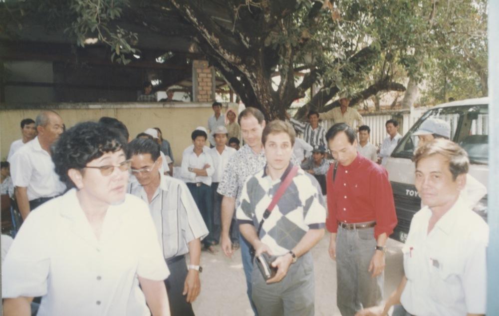 VNAH 1995 Amputees - 103.jpeg