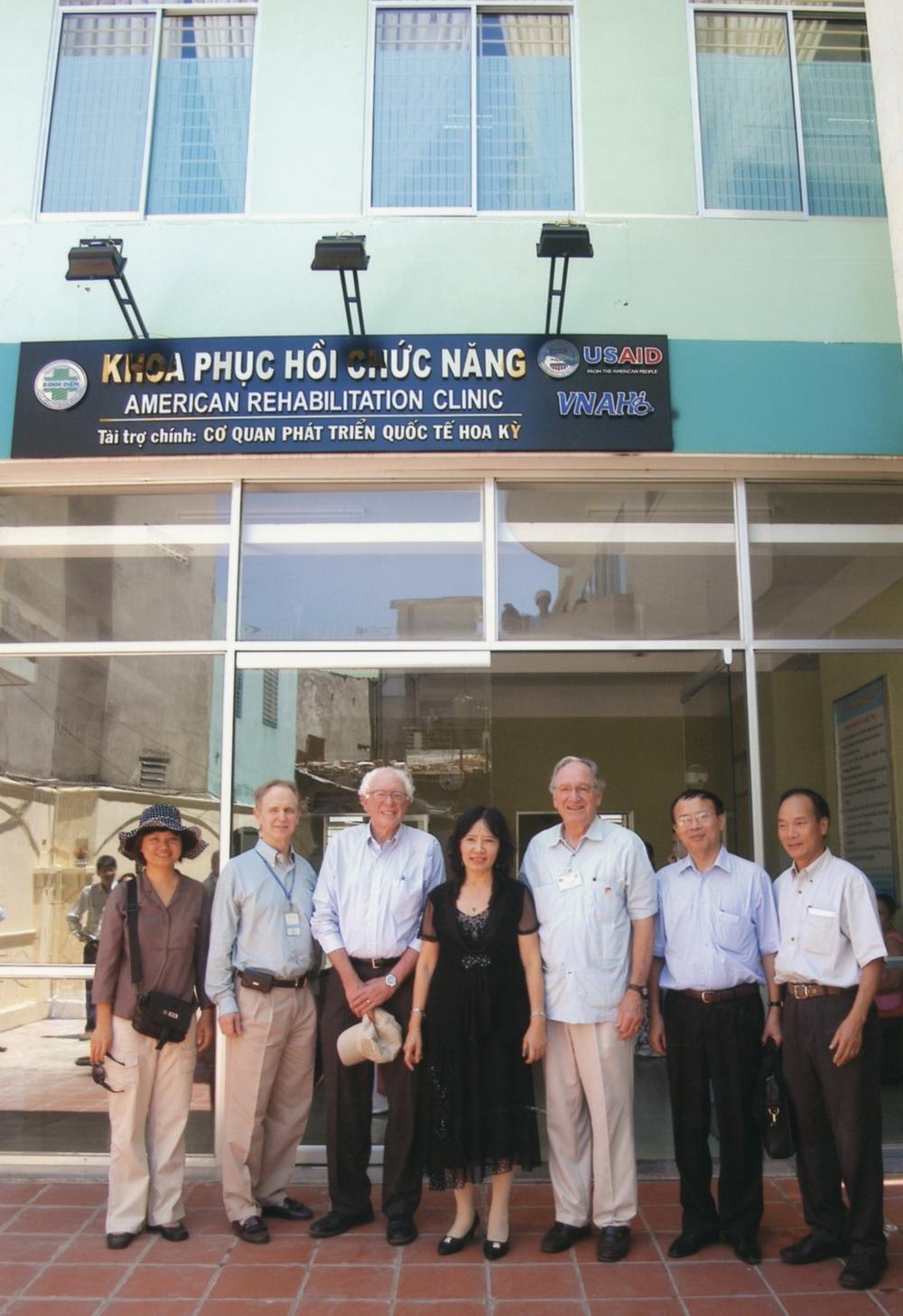 VNAH Prosthetic Outreach July 2010 - 13.jpeg