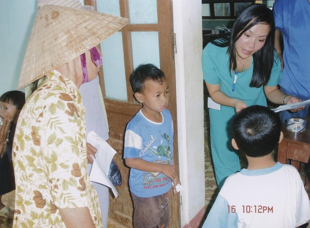 Nov 2005 Hope Dental Volunteer Mission - 12.jpeg