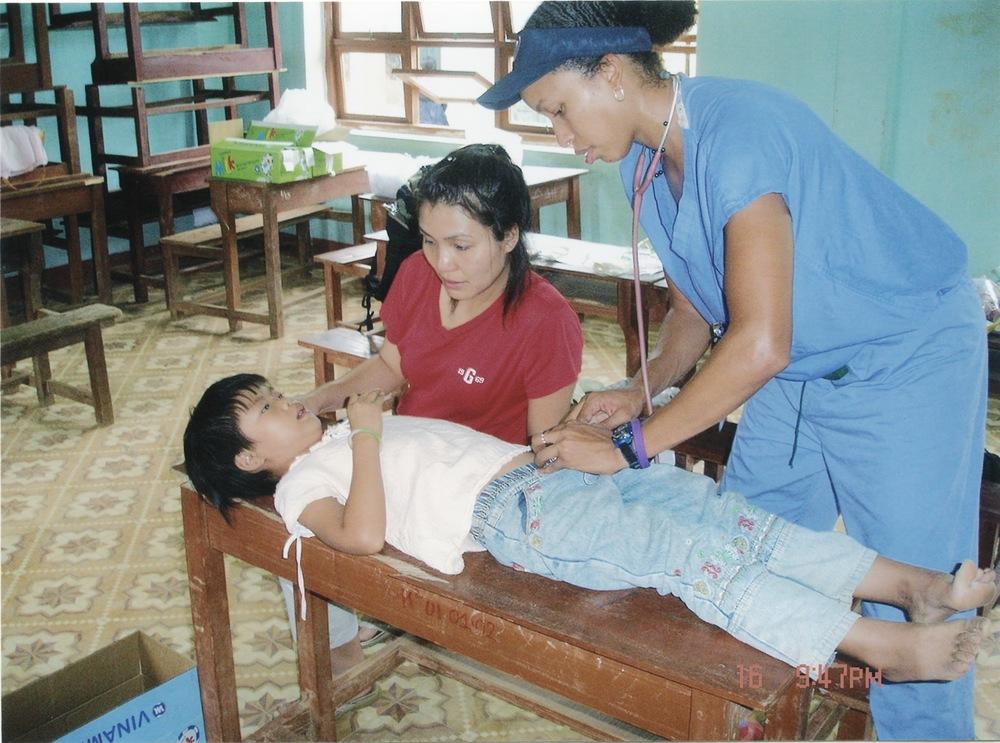 Nov 2005 Hope Dental Volunteer Mission - 13.jpeg