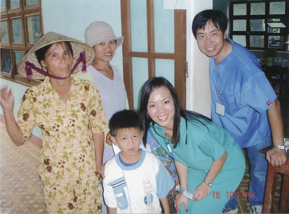Nov 2005 Hope Dental Volunteer Mission - 14.jpeg