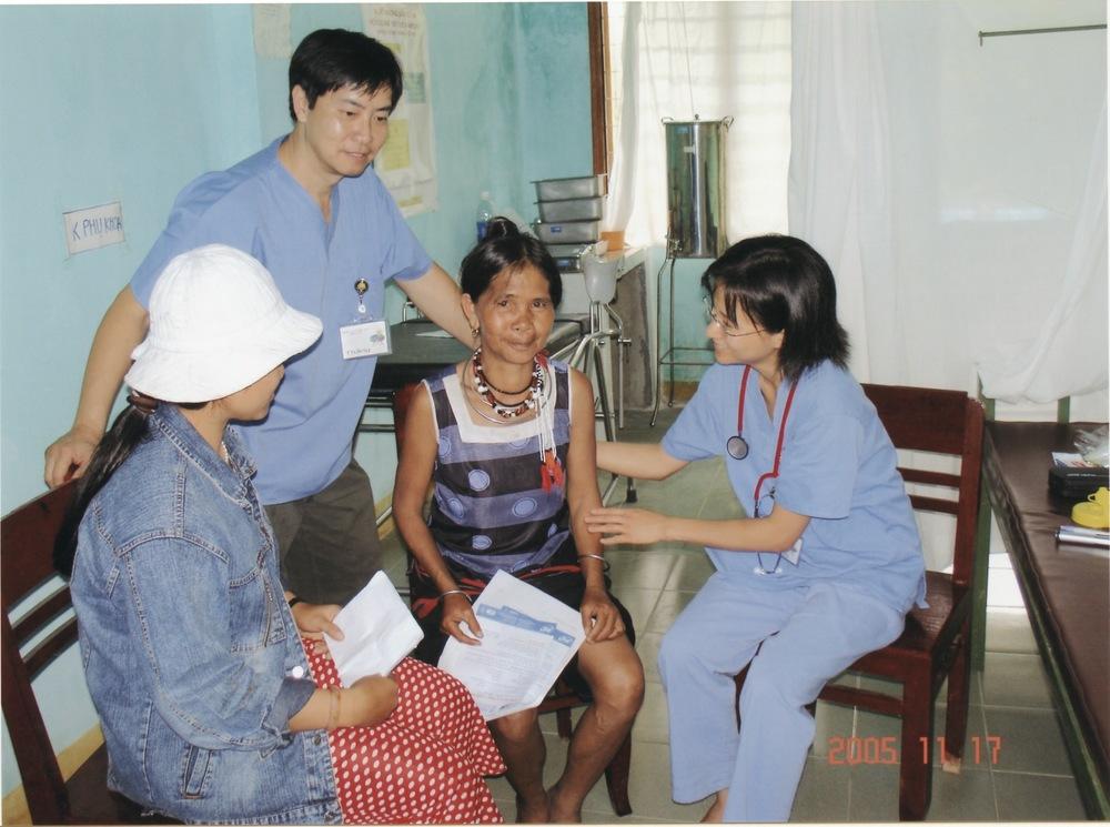 Nov 2005 Hope Dental Volunteer Mission - 16.jpeg