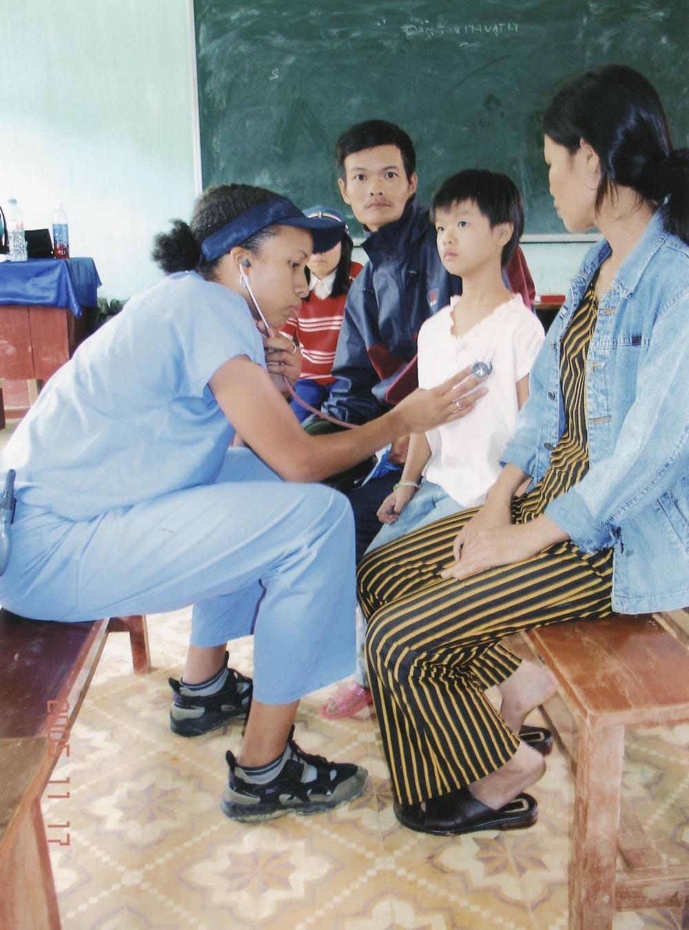 Nov 2005 Hope Dental Volunteer Mission - 18.jpeg