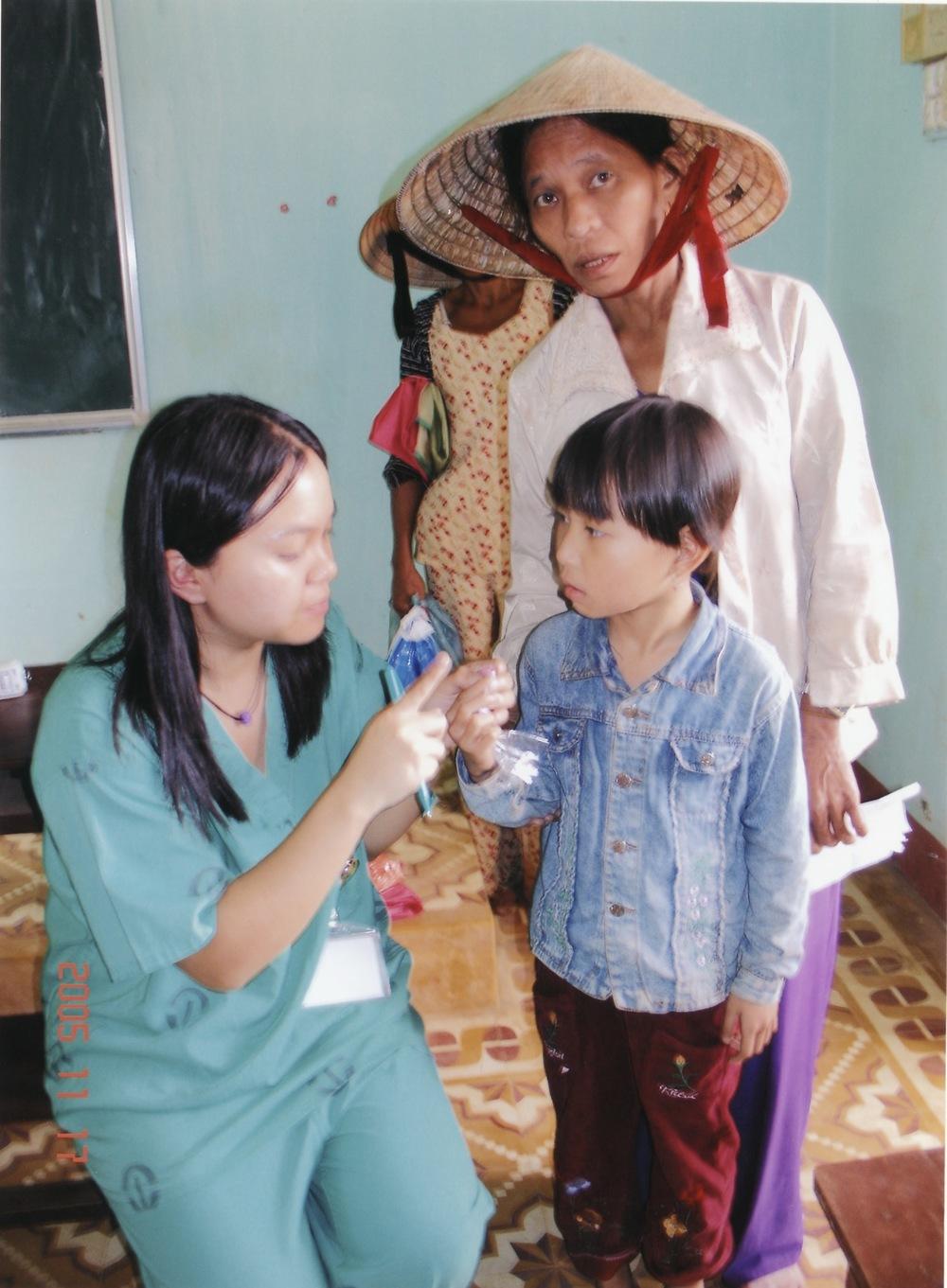 Nov 2005 Hope Dental Volunteer Mission - 24.jpeg