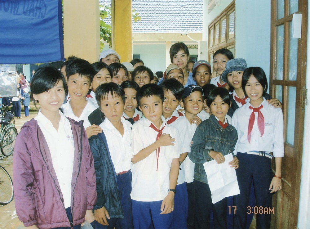 Nov 2005 Hope Dental Volunteer Mission - 32.jpeg