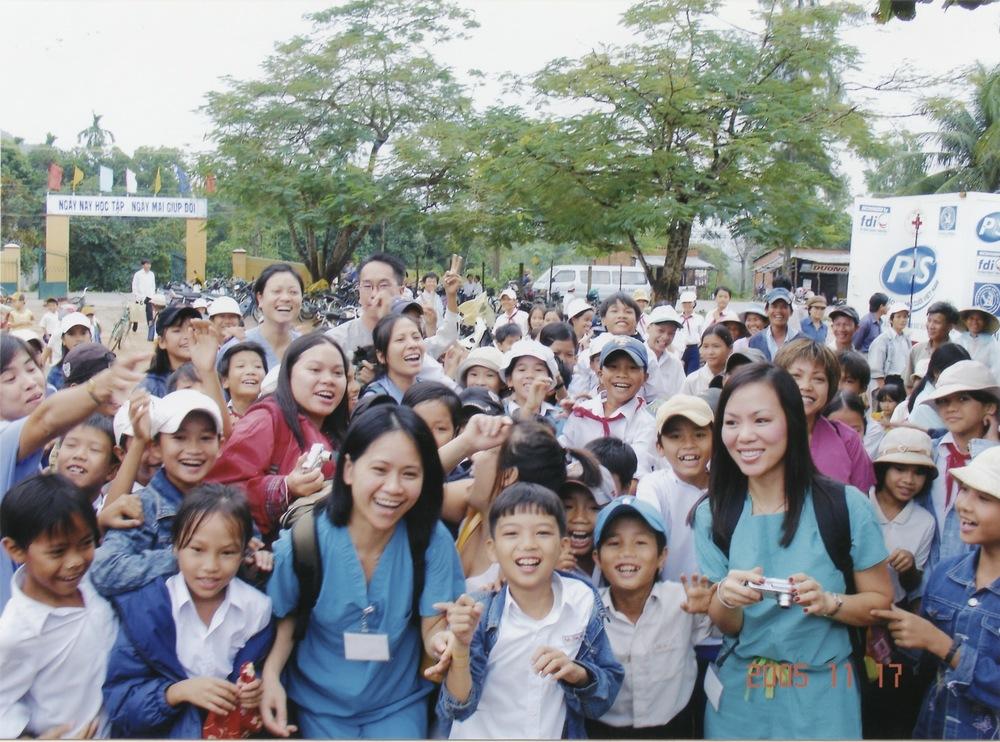 Nov 2005 Hope Dental Volunteer Mission - 34.jpeg