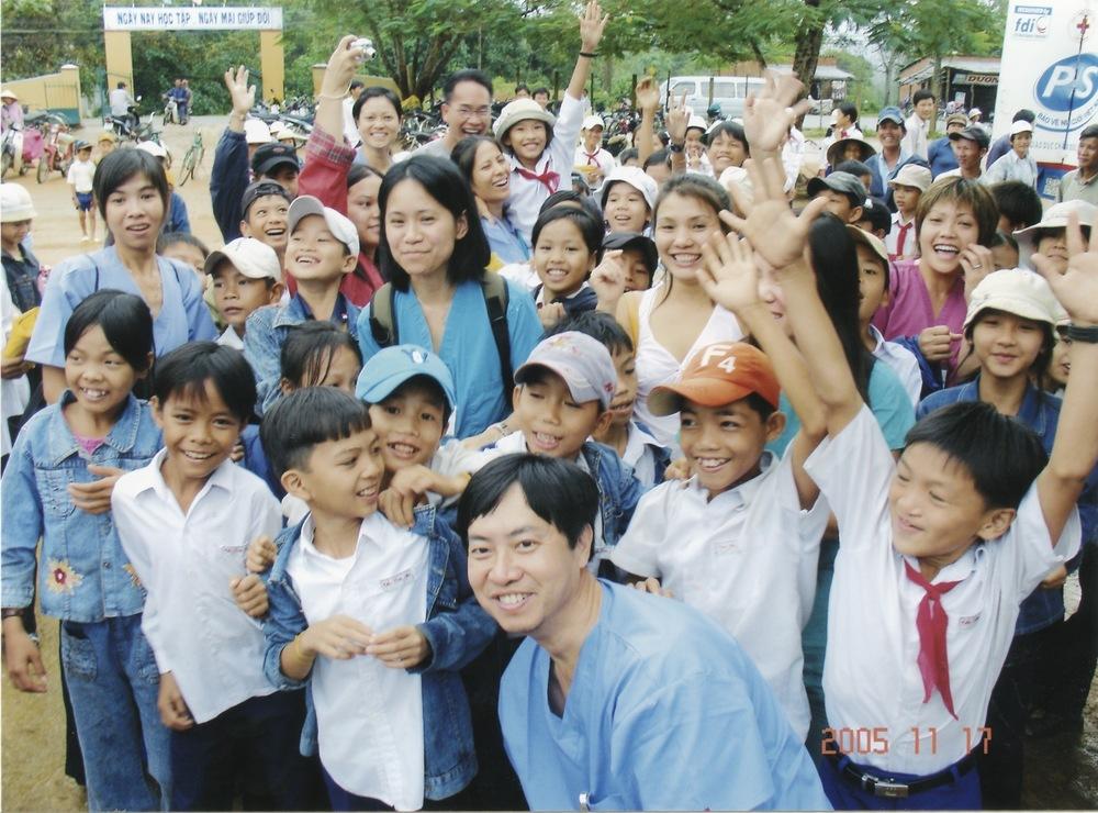 Nov 2005 Hope Dental Volunteer Mission - 35.jpeg