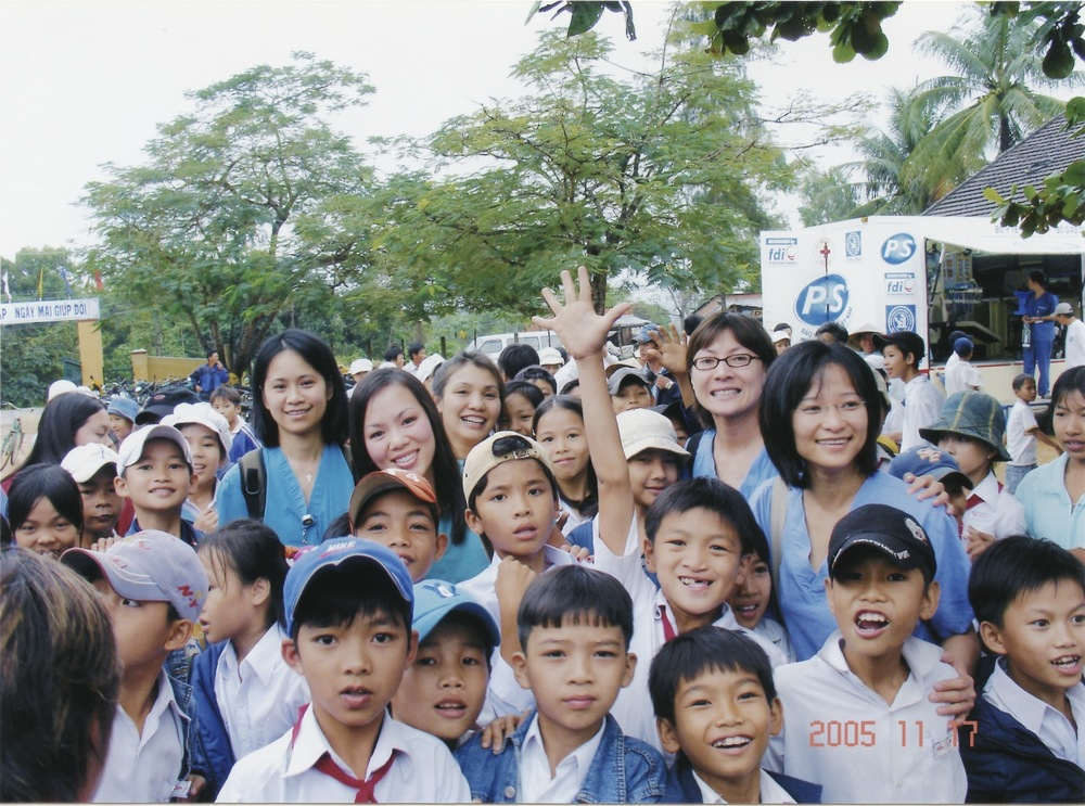 Nov 2005 Hope Dental Volunteer Mission - 36.jpeg