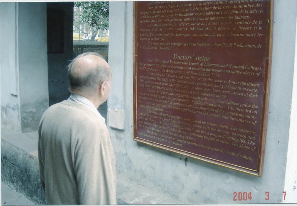 VNAH 2004 Meeting With MOLISA - 05.jpeg