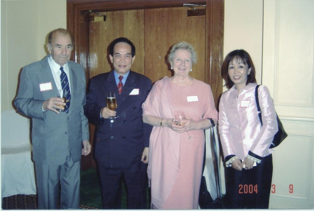 VNAH 2004 Meeting With MOLISA - 07.jpeg