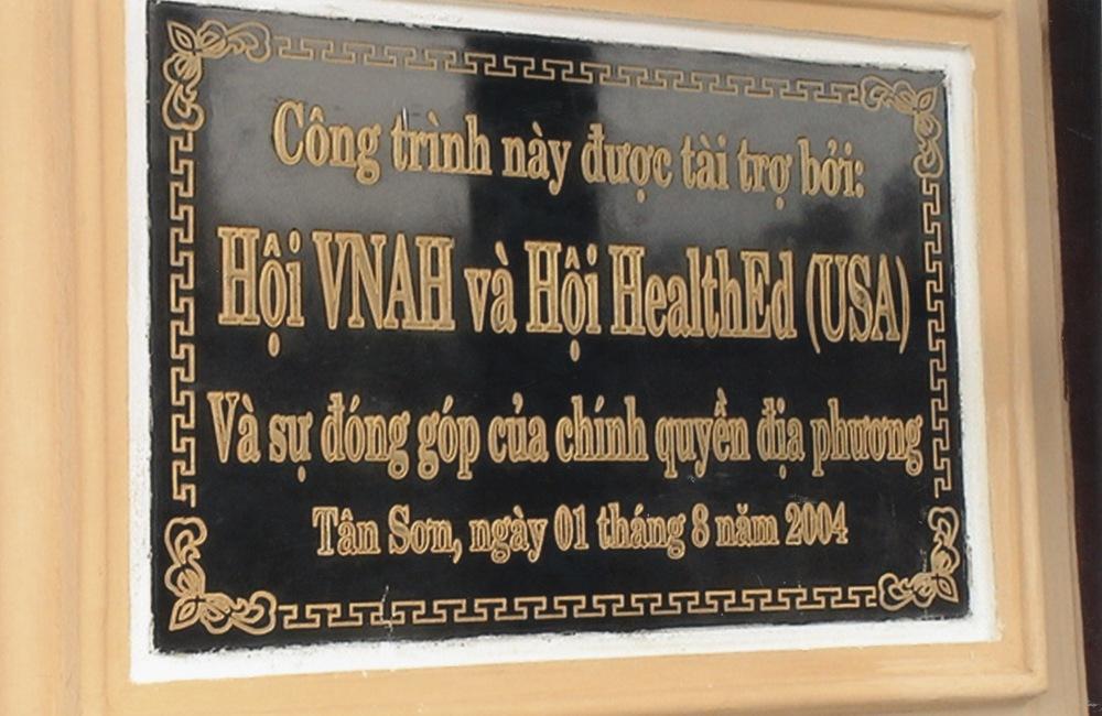VNAH 2004 Volunteers - 09.jpeg
