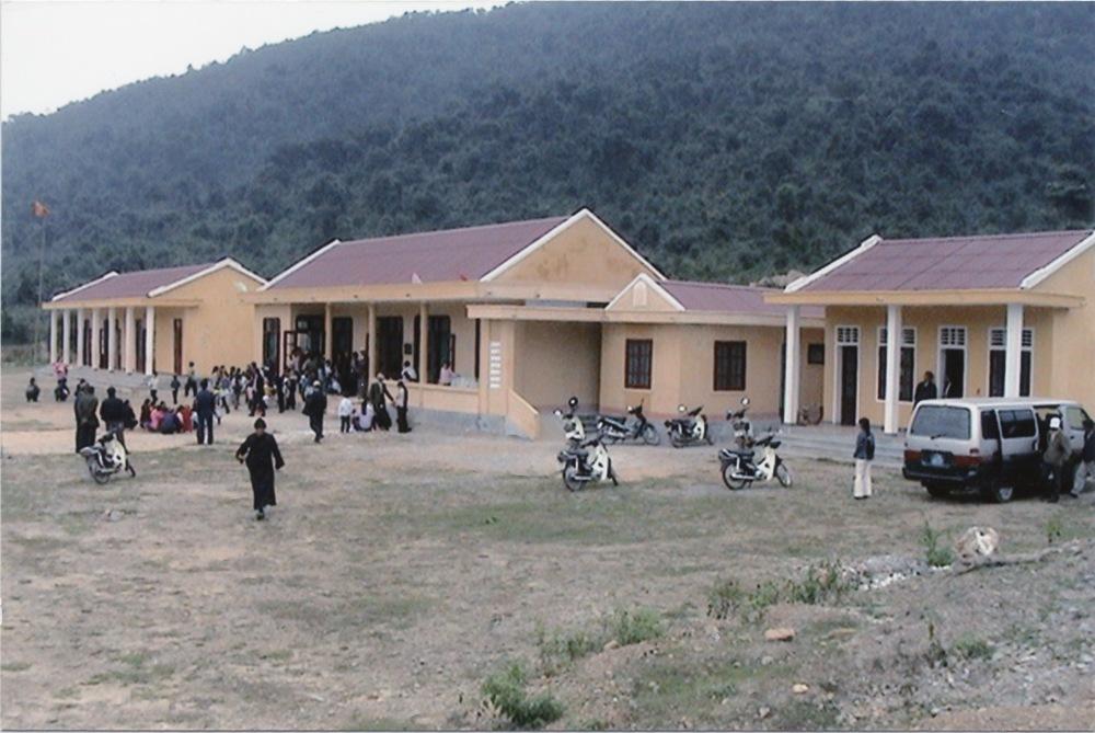 VNAH 2004 Volunteers - 11.jpeg
