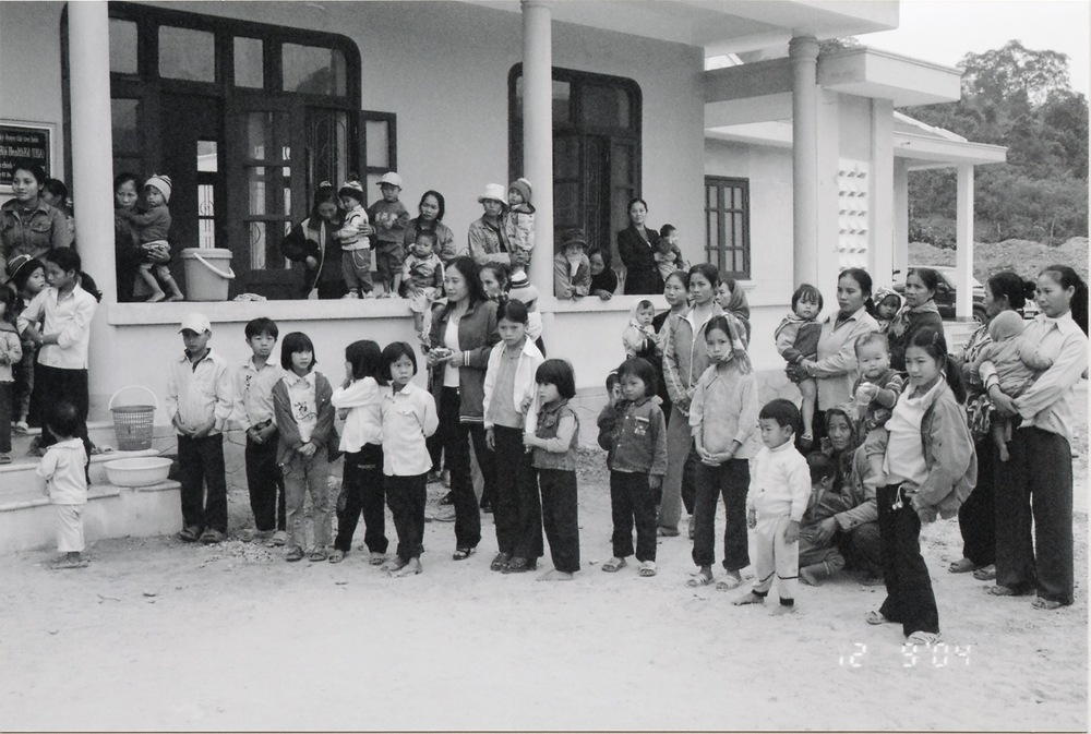 VNAH 2004 Volunteers - 23.jpeg