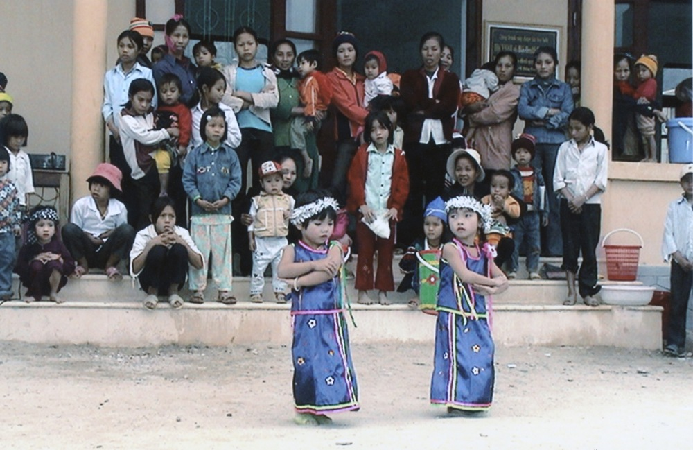 VNAH 2004 Volunteers - 26.jpeg