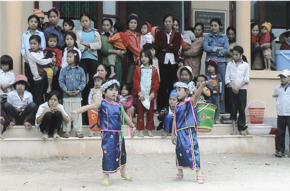 VNAH 2004 Volunteers - 27.jpeg