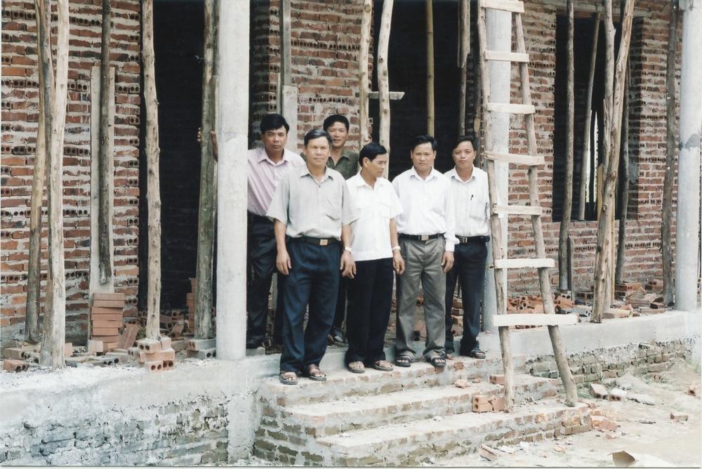 VNAH 2004 School - 07.jpeg