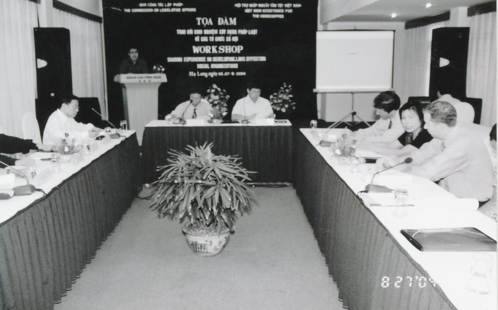 VNAH 2004 NGO Law Workshop - 10.jpeg