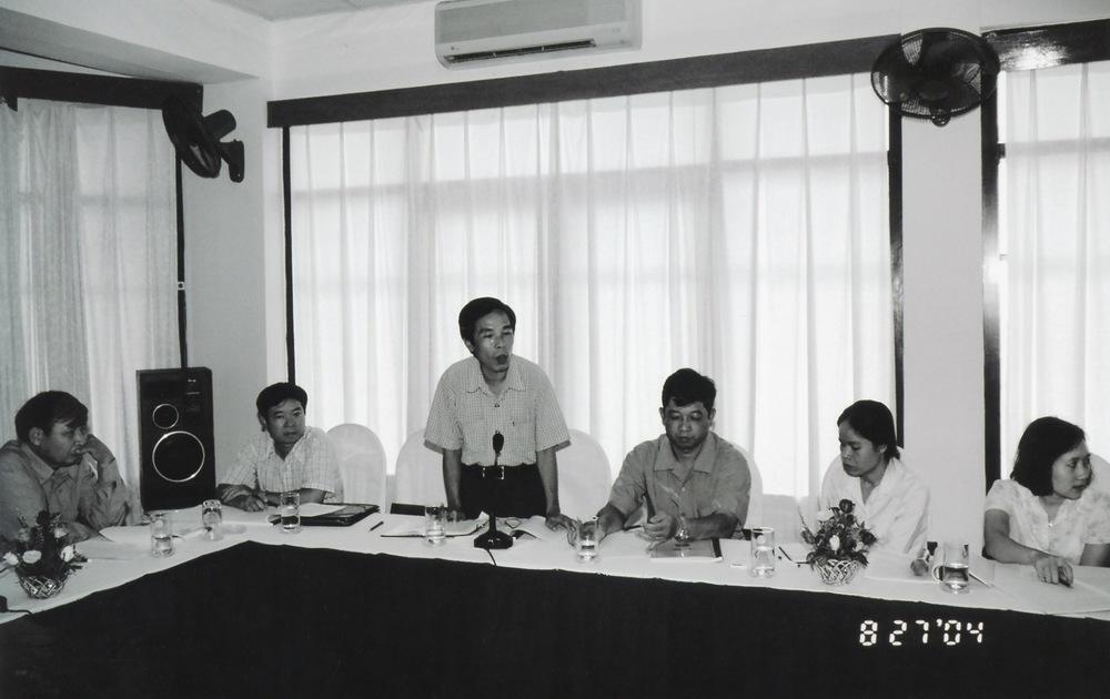 VNAH 2004 NGO Law Workshop - 15.jpeg