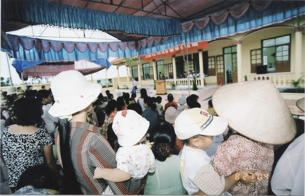 VNAH 2004 NGO Law Workshop - 25.jpeg
