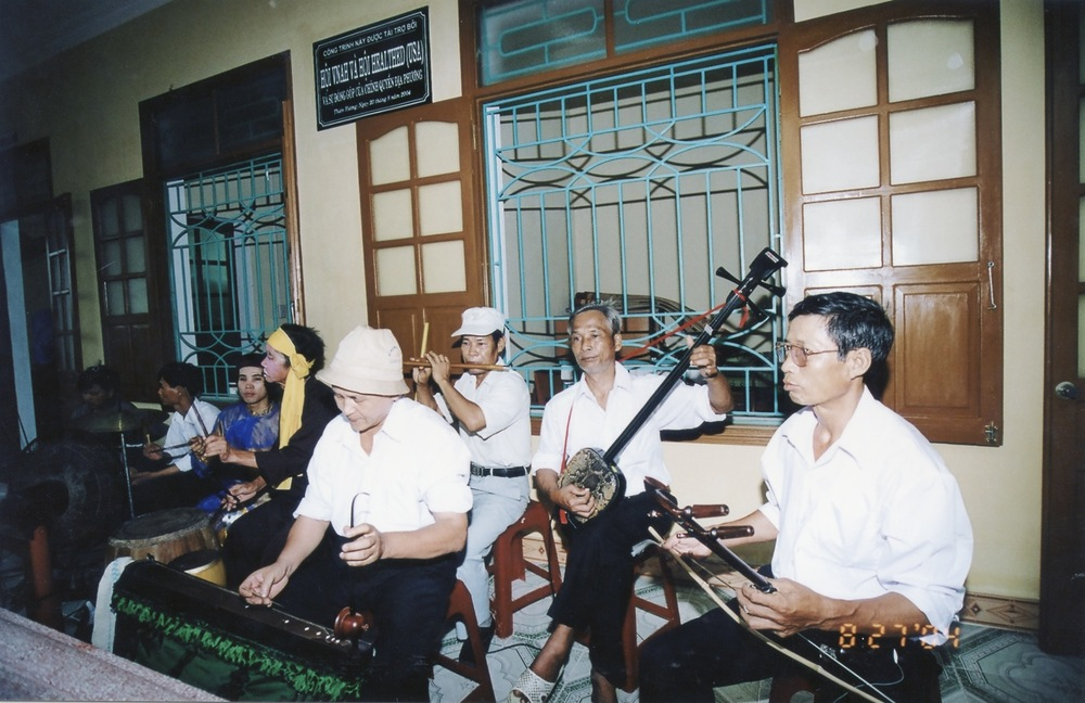 VNAH 2004 NGO Law Workshop - 30.jpeg
