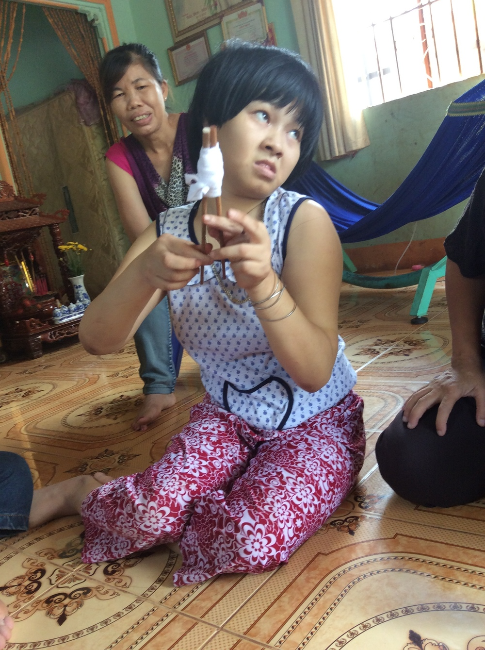 Home+Therapy+for+Girl+in+Chon+Thanh.jpg