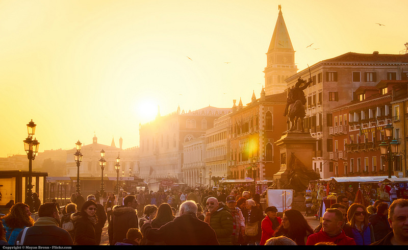 venice sunset crowd.jpg