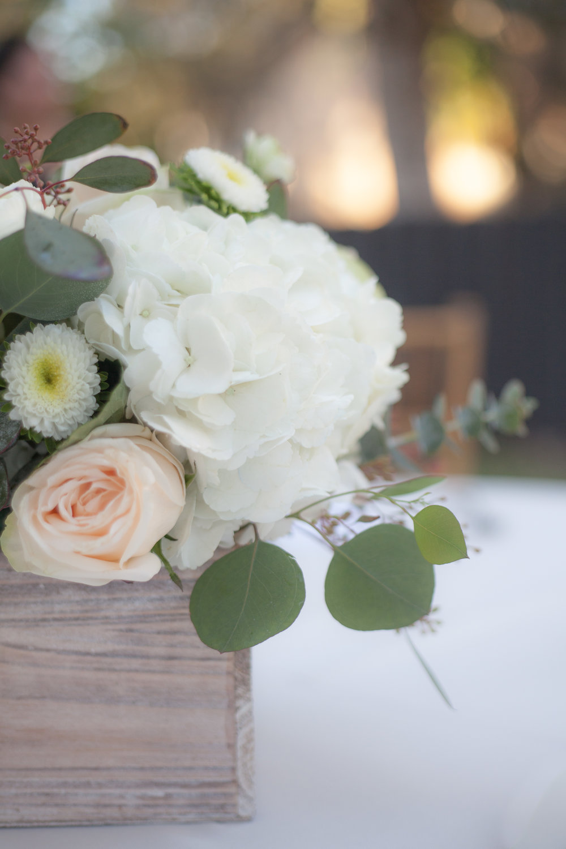 Elegant and romantic centerpieces!