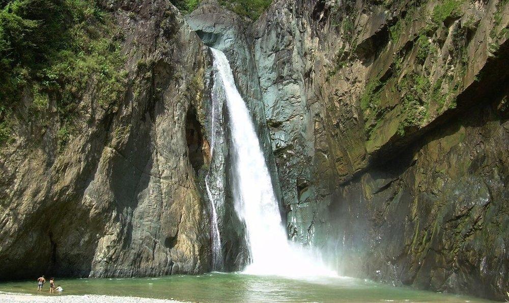 amazing waterfall (2).jpg