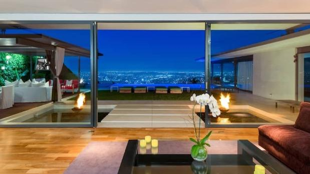 MICHAEL McNAMARA/THEPARTNERSTRUST  The house sits high above Sunset Strip, in the Bird Streets neighbourhood.