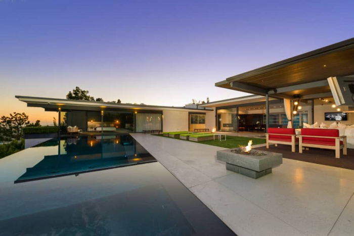 matthew-perrys-flawless-sunset-strip-contemporary-can-be-yours-for-a-mere-13-5m15.jpg