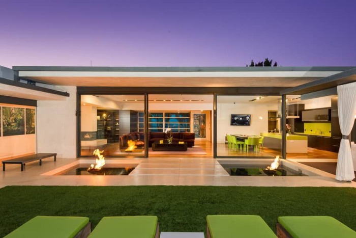 matthew-perrys-flawless-sunset-strip-contemporary-can-be-yours-for-a-mere-13-5m16.jpg