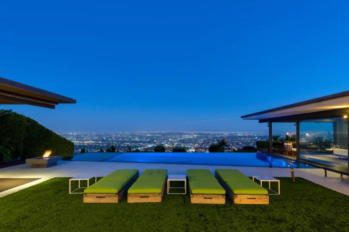 matthew-perrys-flawless-sunset-strip-contemporary-can-be-yours-for-a-mere-13-5m7.jpg