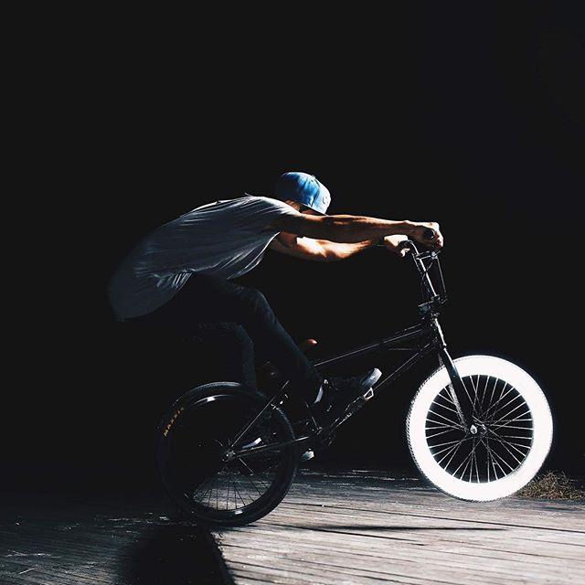 #albedo100 #reflective #spray #kugenuma #bmx #アルベド100 #スプレー#鵠沼海岸 #自転車
