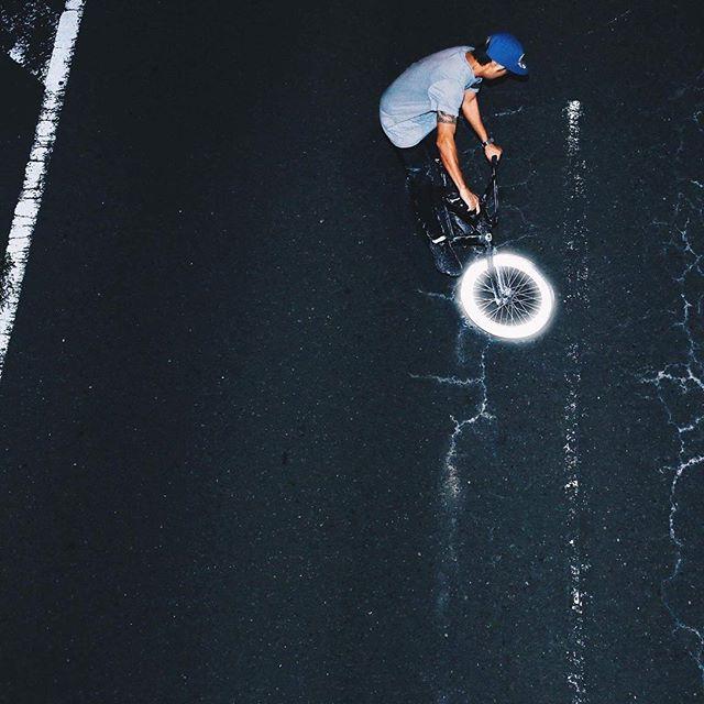 #albedo100 #reflective #spray #kugenuma #bmx #bike アルベド100 #リフレクター#スプレー#鵠沼海岸#自転車
