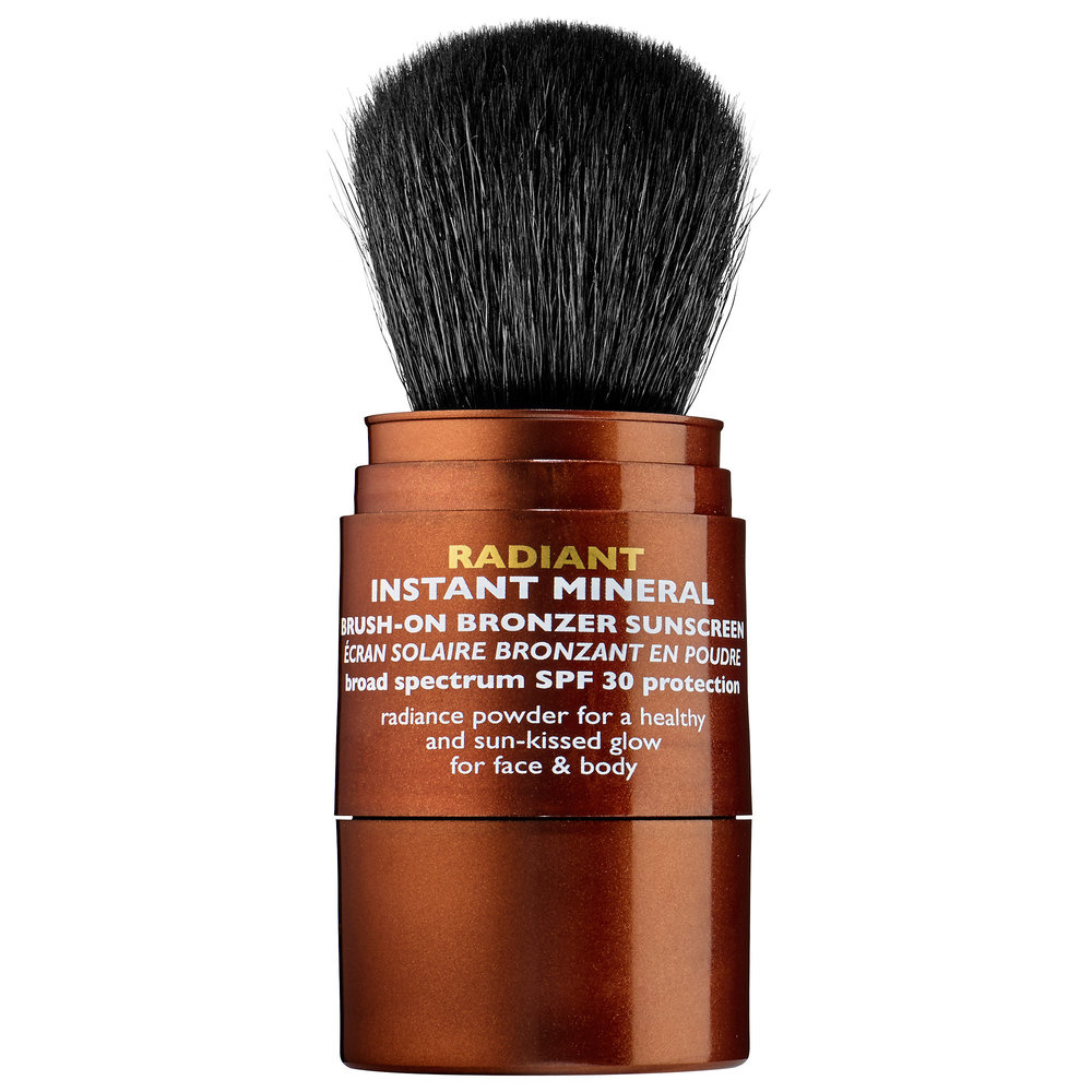 Peter Thomas Roth Radiant Instant Mineral Brush-On Bronzer Sunscreen SPF 30 ($35)