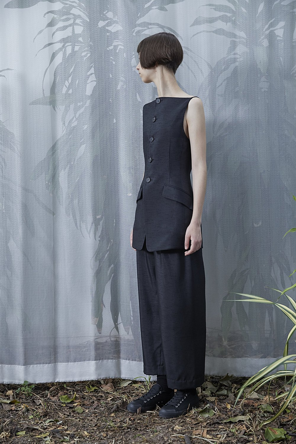 AGNES   tailored top and   LUCIAN   wide-leg trousers in BLACK