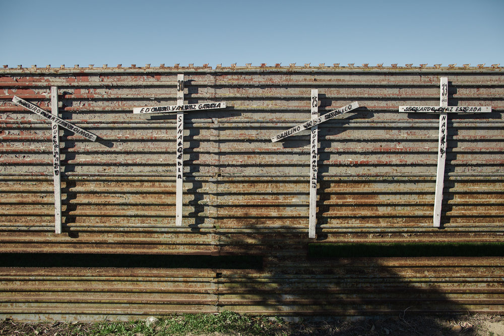 Tijuana-Wall-AMBOSWknd01-0005.jpg